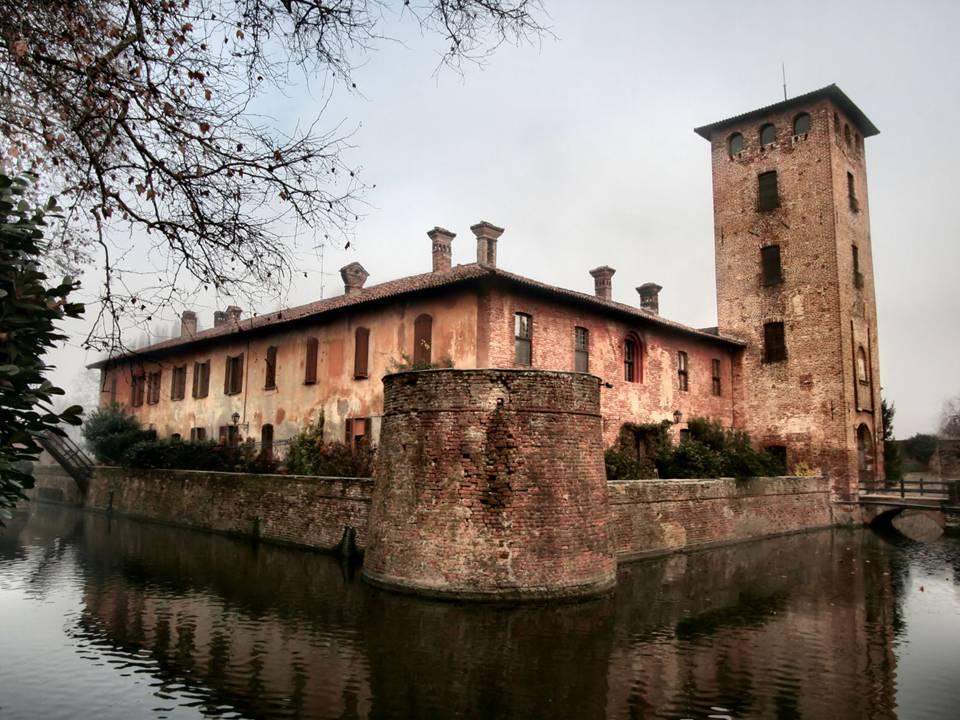 castello peschiera borromeo